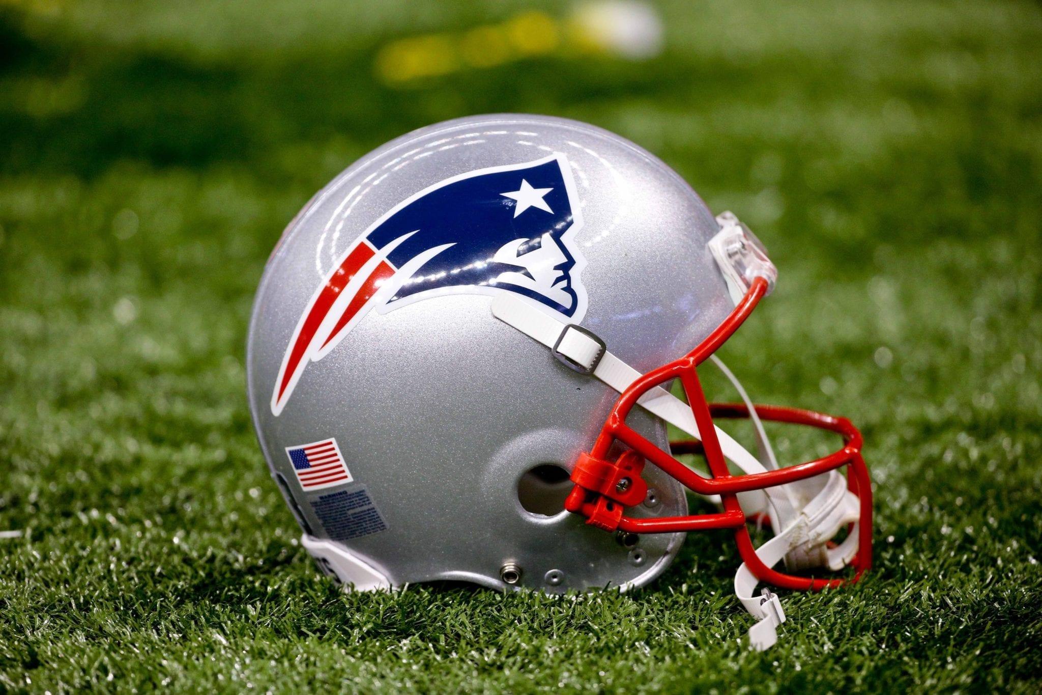 Patriots-helmet